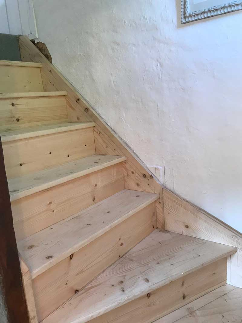 Removal-of-dilapidated-staircase-and-new-staircase-put-in,-Kent-4