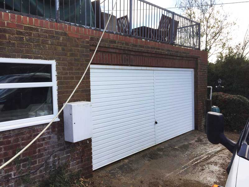 Repointing-and-brickwork-repairs-to-a-garage,-Ashford-Kent-3
